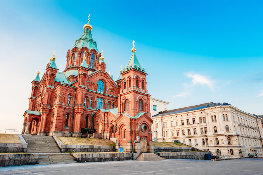 Uspenski Cathedral, Helsinki At Summer Sunny Day - Places To Visit