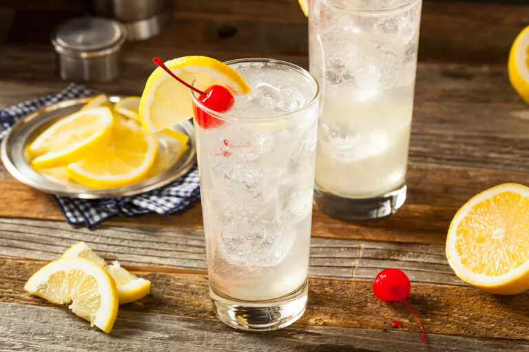low carb Tom Collins - Keto Alcohol Recipes