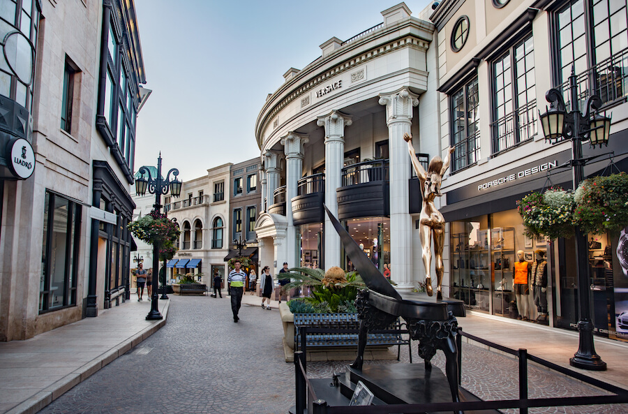Rodeo Drive Beverly Hills Los Angeles California - Places to visit in the USA