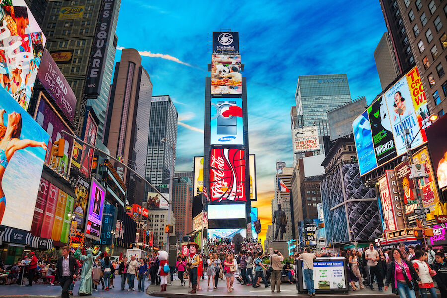 Times square in New York City - Places to visit in the USA