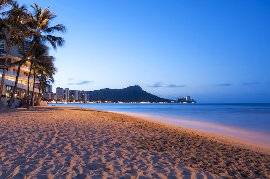 Waikiki sun rising over Diamond Head, Hawaii - Places to visit in the USA