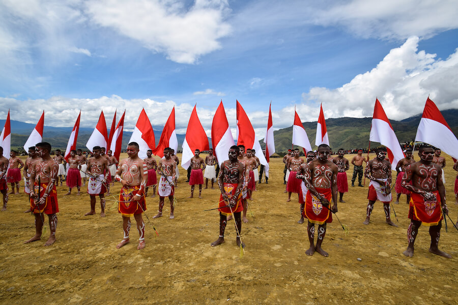 Opening ceremony of the Baliem Valley festival indonesia - Best places to visit each month of the year