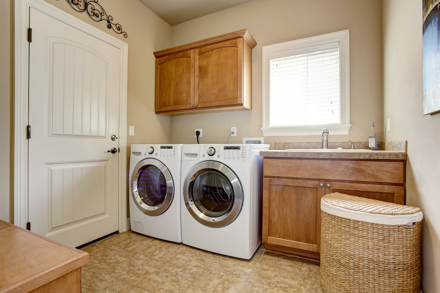 Load The Laundry Every Day - habits of people with organized homes