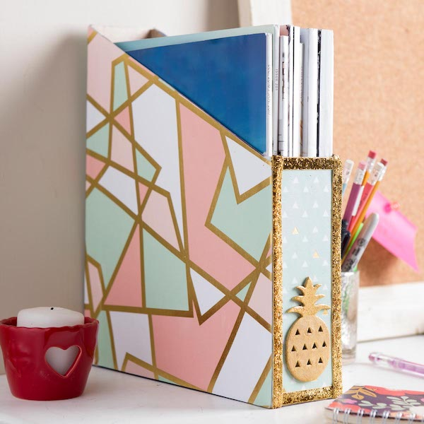 Magazine Holder Cereal Box - organize with recyclable items