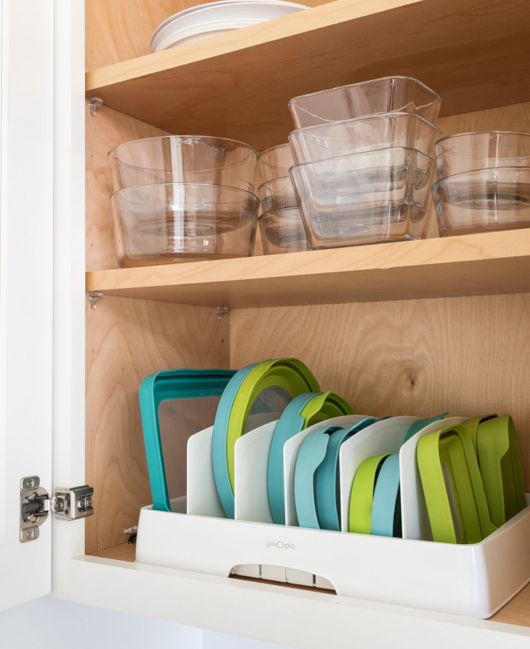 Separate Food Containers Lids - brilliant ways to organize kitchen cabinets